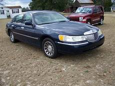 how cars work for dummies 2001 lincoln town car seat position control 2001 lincoln town car overview cargurus