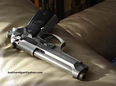 Gambar Senjata Api Handgun Gambarrrrrrr