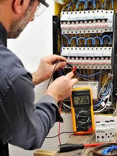prix travaux electricité electricit 233 d une maison conseils et prix des travaux d