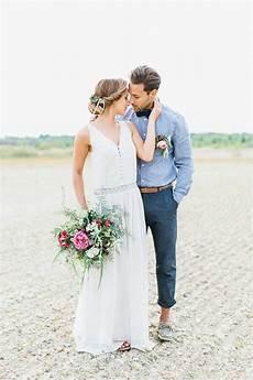 natural desert wedding ideas beach wedding groom attire beach wedding groom beach wedding attire