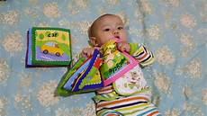 buku bantal bayi bayi usia 5 bulan belajar membaca buku youtube