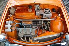Trabant Mit Wartburg Motor Vorlage F 252 R Ein Motorhauben Air