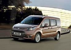ford grand tourneo connect review 2019 parkers
