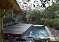 mini piscine enterrée mini piscine pour mini jardin
