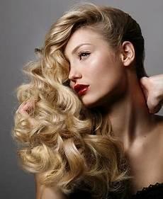 Medium Length Hairstyles With Volume