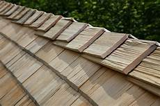 couverture en shingle how to choose what roofing material is right for your home