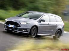 Ford Focus St 0 100 - test drive ford focus st tdci station wagon 0 100 it