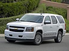 how do cars engines work 2013 chevrolet tahoe parking system chevrolet tahoe 2008 2009 2010 2011 2012 2013 autoevolution