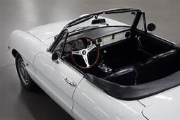 Alfa Romeo Spider Duetto 1750 Veloce  Bloemendaal Classic
