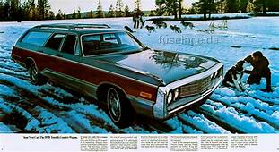 1970 Chrysler Town & Country  Information And Photos
