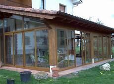 tettoie in legno chiuse falegnamerie artigianali strutture in legno per esterni