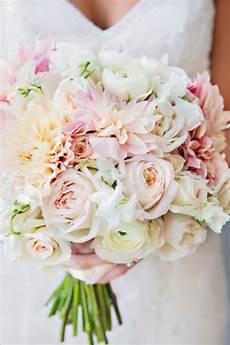 how to avoid diy wedding flowers disaster