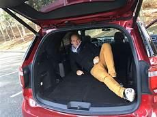 ford kuga kofferraum maße ford explorer sport quot nach europa bitte quot der