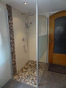 neue dusche einbauen neue dusche in flusssteinmosaik waalhaupten singoldbau