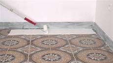 vernici pavimenti atriafloor primer applicazione su piastrelle