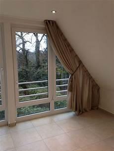 dachschräge vorhang raumteiler wir bekommen auch an ihre dachschr 228 ge einen vorhang dran