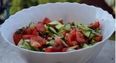 gewächshaus gurken und tomaten tomaten gurken salat mit dill und petersilie rezept mit