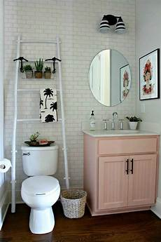 small apartment bathroom ideas 11 easy ways to make your rental bathroom look stylish