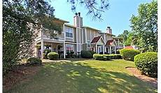 Cheap Apartments Chattanooga Tn by The Courts At Waterford Shallowford Road Chattanooga