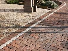 pavimenti stati in cemento prezzi pavimentazioni esterne pavimenti per esterni come
