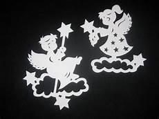 fensterbilder weihnachten vorlagen engel filigranes fensterbild aus tonkarton quot kleine engel quot wei 223