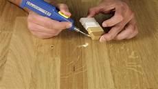 Reparatur Eines Kratzers In Lackierter Holzoberfl 228 Che
