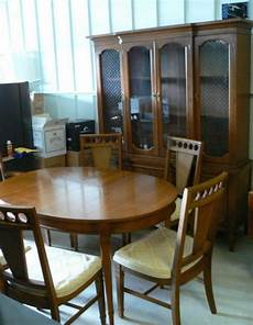 nice used bassett dining room set table chairs cabinet ebay