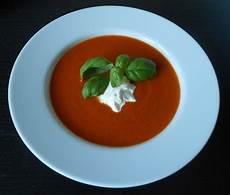 tomatensuppe aus frischen tomaten tomatensuppe aus frischen tomaten juliahr chefkoch de