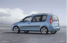 Skoda Roomster Restylage 2010 Voiture Ludospace