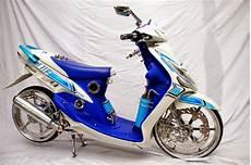 Striping Mio Sporty Keren by Hasil Modifikasi Motor Mio J Sporty Keren Terbaru