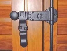 chiusura persiane porta finestra a 2 ante infissi eredi medici