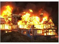Fire Destroys Newport, Rhode Island, Mansion During