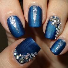 wendy s delights blue silver mani using 3d nail art