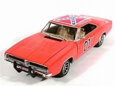 Voiture Sherif Fais Moi Peur Figurines Gt Voitures Gt S 233 Ries Gt V 233 Hicule Dodge Charger 1969 De La S 233 Rie Sh 233 Rif Fais Moi