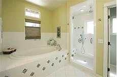 Gardinen Für Badezimmer - gardinen f 252 r kleine fenster 23 neue vorschl 228 ge