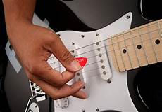 guitar picking technique proper picking learn a technique guitar adventures