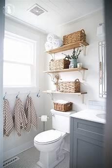 Bathroom Nook Ideas by 25 Small Bathroom Organizing Ideas The Crafting Nook