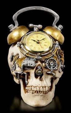 Steunk Totenkopf Uhr Im Wecker Look Www Figuren Shop De
