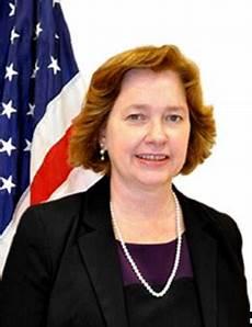 ufficio consolare console generale elizabeth martinez ambasciata e
