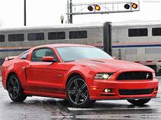 ford mustang gt ps ford mustang gt 5 0 426 ps laptimes specs performance