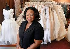 donating wedding gowns how to donate your wedding gown weddingelation