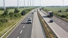 Erneuerung Der 220 Berholspuren Autobahn 20 Wird W 228 Hrend