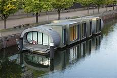 Hausboot Schwan In Hamburg Fvhf De