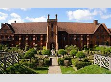 Garden Museum Literary Festival moves to Hatfield House