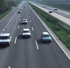 Was Ein Fahrer Nicht Wissen Muss Recht Lkw Fahrer Muss