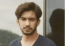 Foto Model Rambut Pria Keren 2018 Gaya Selfie Kekinian