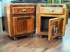 comodini on line comodini stile vintage con ruote in offerta prezzo on line