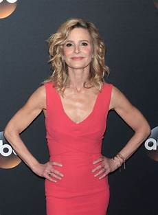 Kyra Sedgwick Kyra Sedgwick At 2017 Abc Upfronts Presentation In New