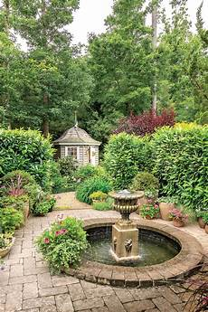 virginia cottage garden southern living