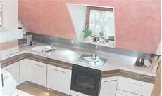 arbeitsplatte 90 cm tief einfamilienhaus k 252 che in der dachschr 228 ge das haus